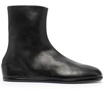 Stiefel mit poliertem Finish