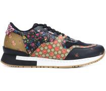 Sneakers mit Blumen-Print