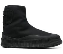 High-Top-Sneakers mit Zehenkappe
