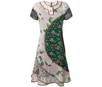 Kleid mit Blumen-Print - Unavailable