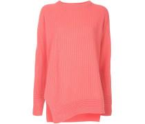 Pullover mit Schlitzen