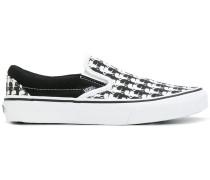 Slip-On-Sneakers mit Muster