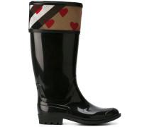 heart motif rainboots