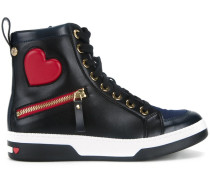 High-Top-Sneakers mit Herzmotiv