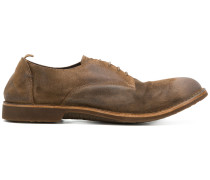 casual derby shoes