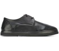 Derby-Schuhe mit Kreppsohle
