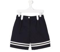 Shorts mit Kontraststreifen