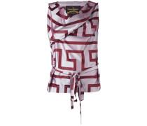 Ausgestelltes Kleid mit geometrischem Print