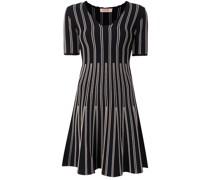 Kleid mit Streifendetail