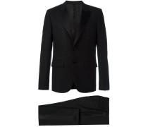 Gemusterter Anzug