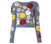 Pullover mit Blumenstickereien