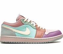 Air  1 Low SE Sneakers