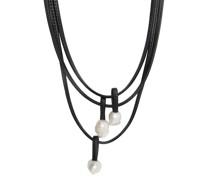 Halskette mit Perlenverzierung