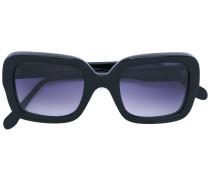 Sonnenbrille mit blau getönten Gläsern