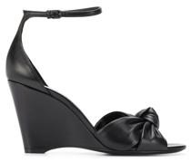 Wedge-Sandalen mit Knotendetail
