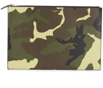 Clutch mit Camouflage-Muster