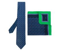 Set aus Krawatte und Einstecktuch