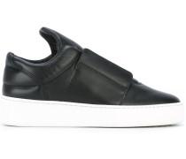 Sneakers mit elastischem Einsatz - women