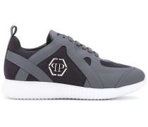 - Sneakers mit Logo-Schild - men