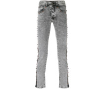 Skinny-Jeans mit Nietenstreifen