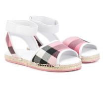 Sandalen mit Karomuster