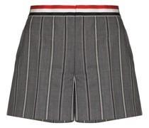 Shorts mit gestreiftem Bund