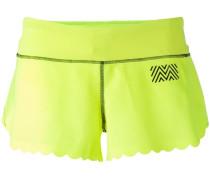 Shorts mit gewellter Borte