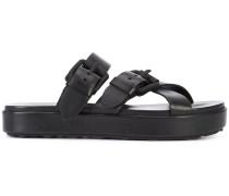 Slip-On-Sandalen mit breiten Riemen