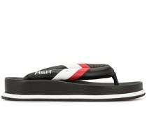 Gestreifte Flip-Flops