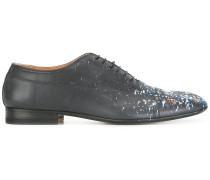 Oxford-Schuhe mit Farbklecks-Print