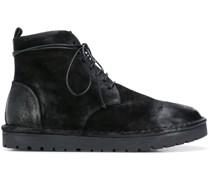 Stiefel aus weichem Leder