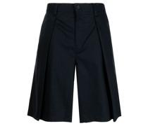 Klassische Hose mit Faltendetail