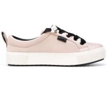 Sneakers mit Perlen