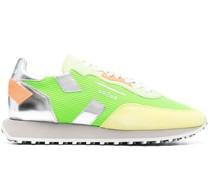 Sneakers mit geripptem Einsatz