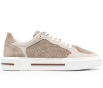 Sneakers mit Kontrasteinsatz