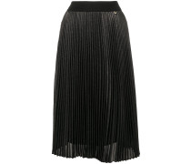 high-waisted pleated skirt