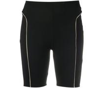Shorts mit Kontrastpaspeln