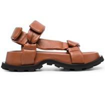 Klobige Sandalen