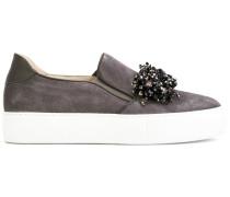 Slip-On-Sneakers mit Perlenbesatz