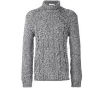 Pullover mit Zopfstrickmuster