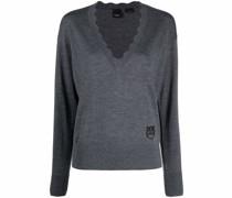 Pullover mit gewelltem Kragen