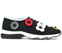 Slip-On-Sneakers mit Blumenapplikationen