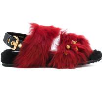 Sandalen mit Verzierungen