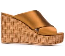 Wedge-Sandalen mit gekreuzten Riemen