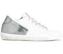 Perforierte Sneakers