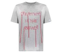 T-Shirt mit aufgesticktem Slogan
