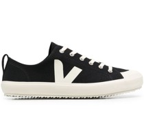 Nova Sneakers aus Canvas