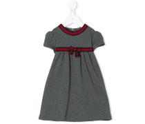 Kleid mit Webstreifen