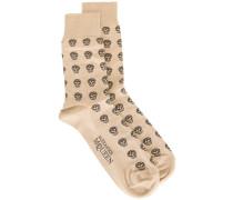 Intarsien-Socken mit Totenköpfen