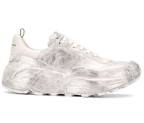 Sneakers mit Oversized-Sohle